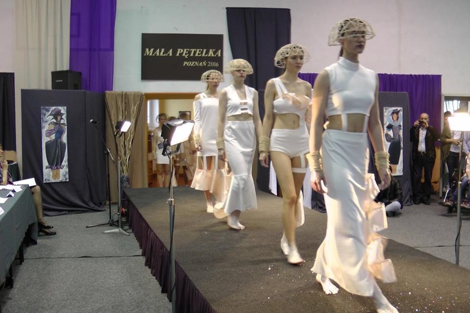 Pokaz mody - Złote pętelka w poznańskiej Odzieżówce  Foto: materiały prasowe ZSO