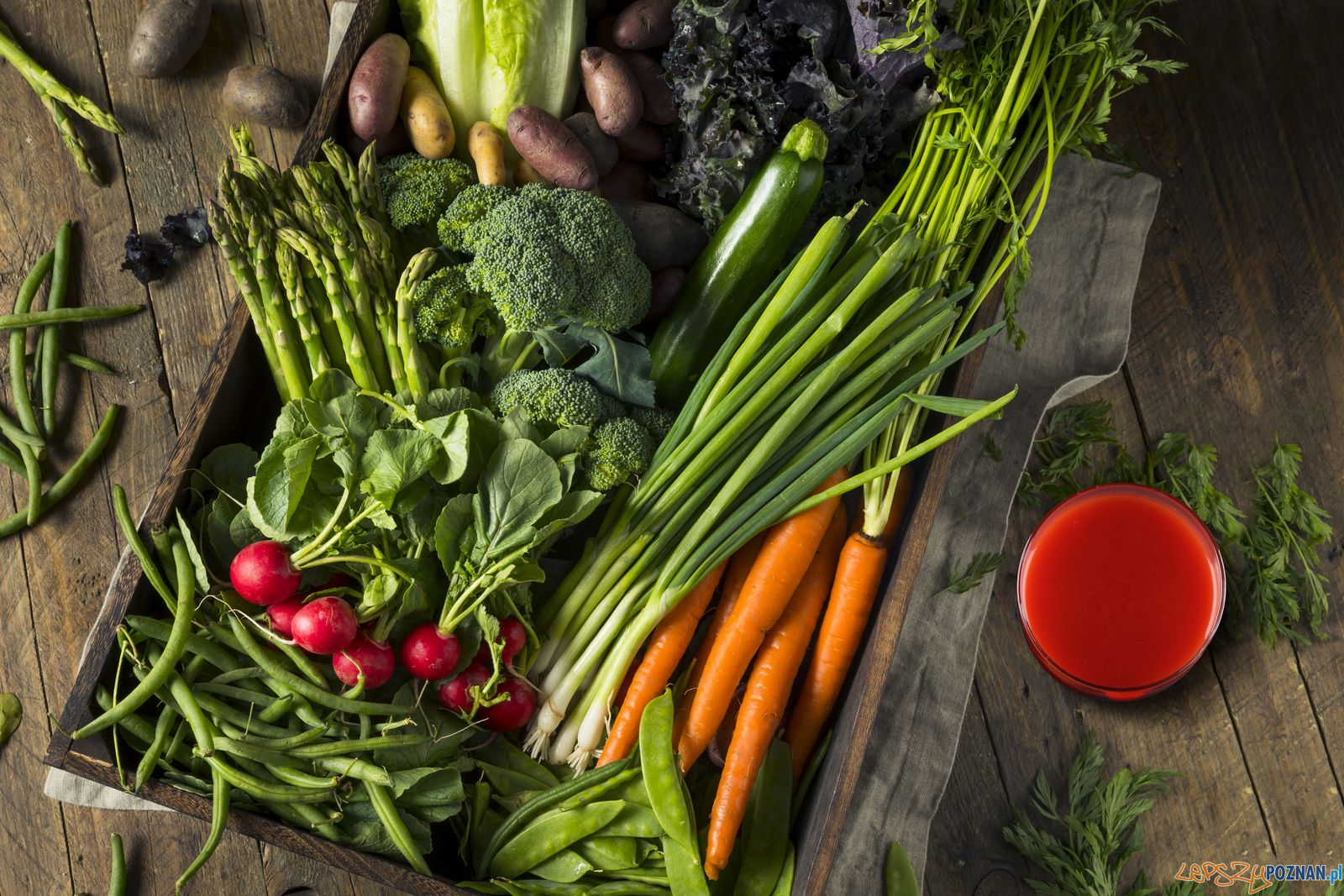 Warzywa - nowalijki  Foto: Brent Hofacker / prhub.eu / materiały prasowe