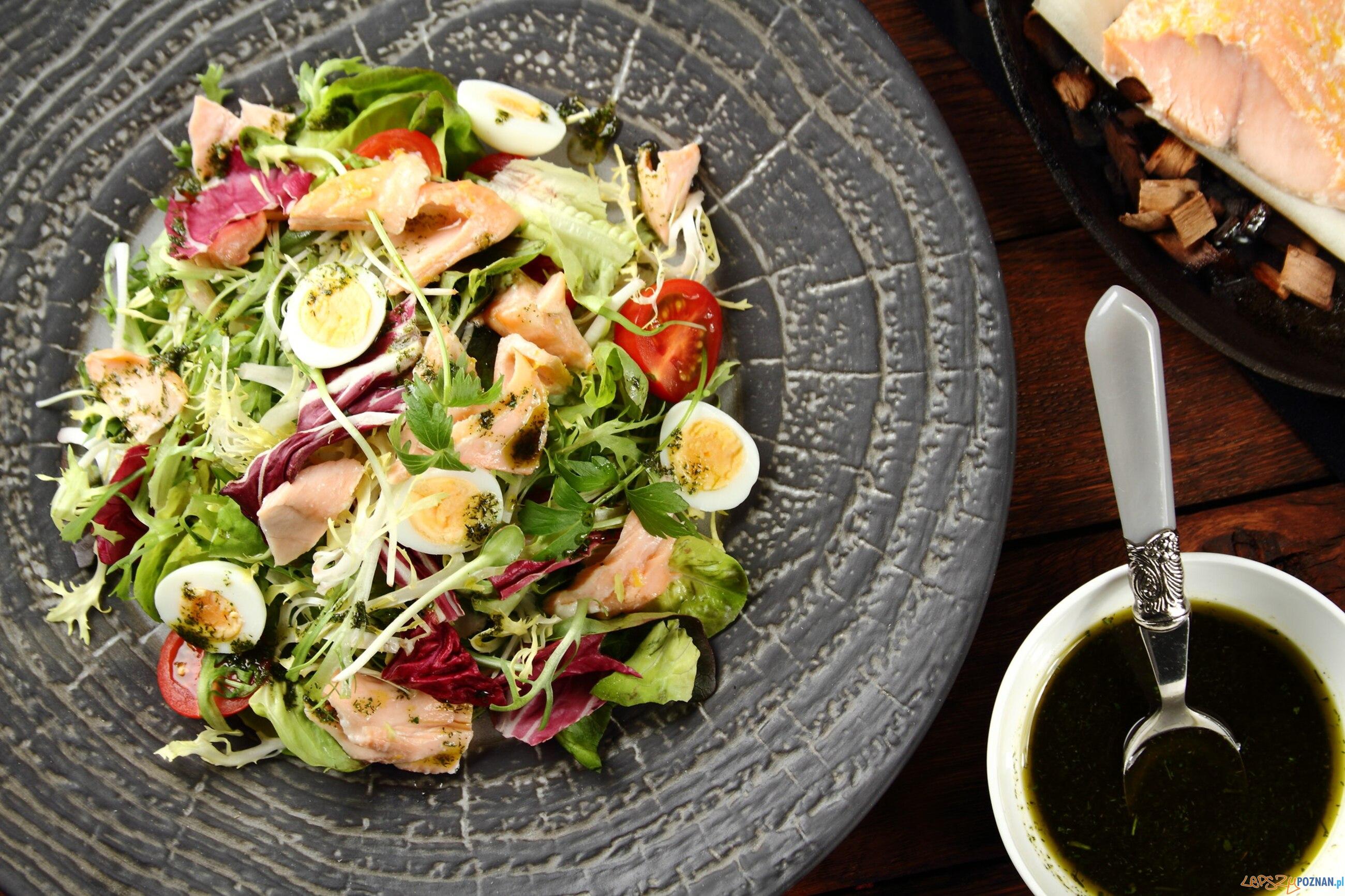 salatka z jajkiem przepiorczym  Foto: materiały prasowe / knorr