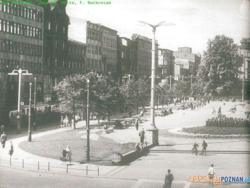Plac Wolności, lata 60 Foto: F Maćkowiak, MKZ, Projekt Centrum