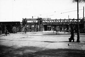 Budowa wiaduktu Poznańska Libelta 1924  Foto: NAC IKC / domena publiczna