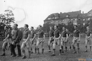 Mistrzostwa Polski w hokeju na trawie w Poznaniu 1938 [IKC NAC]  Foto: NAC / IKC domena publiczna