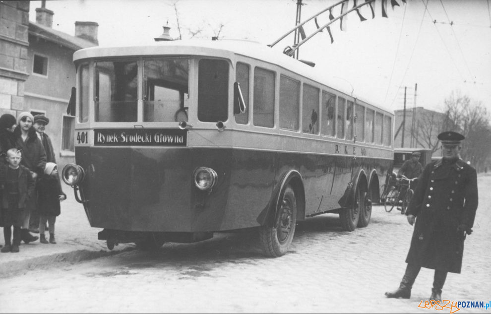 Glowna trolejbus otwarcie 12.202.1930. [NAC IKC]  Foto: NAC domena publiczna