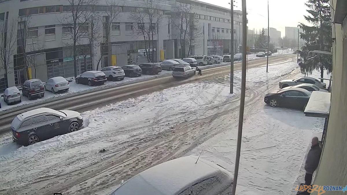 Kierowca potrącił dziecko i uciekł! Foto: facebook / monitoring